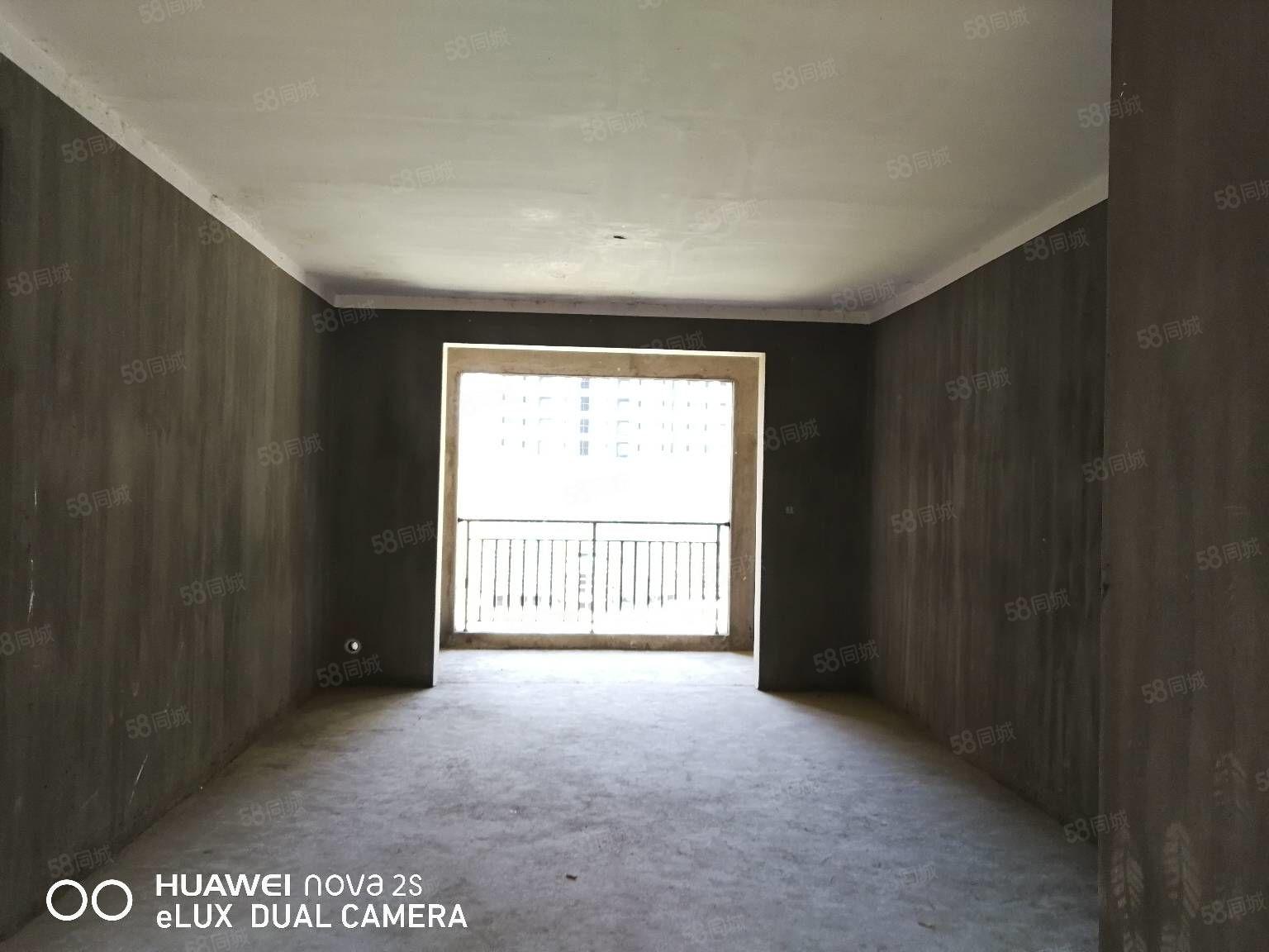 位置好(御品滨江)滨江一号翡翠城新时代高档小区大三房采光十足