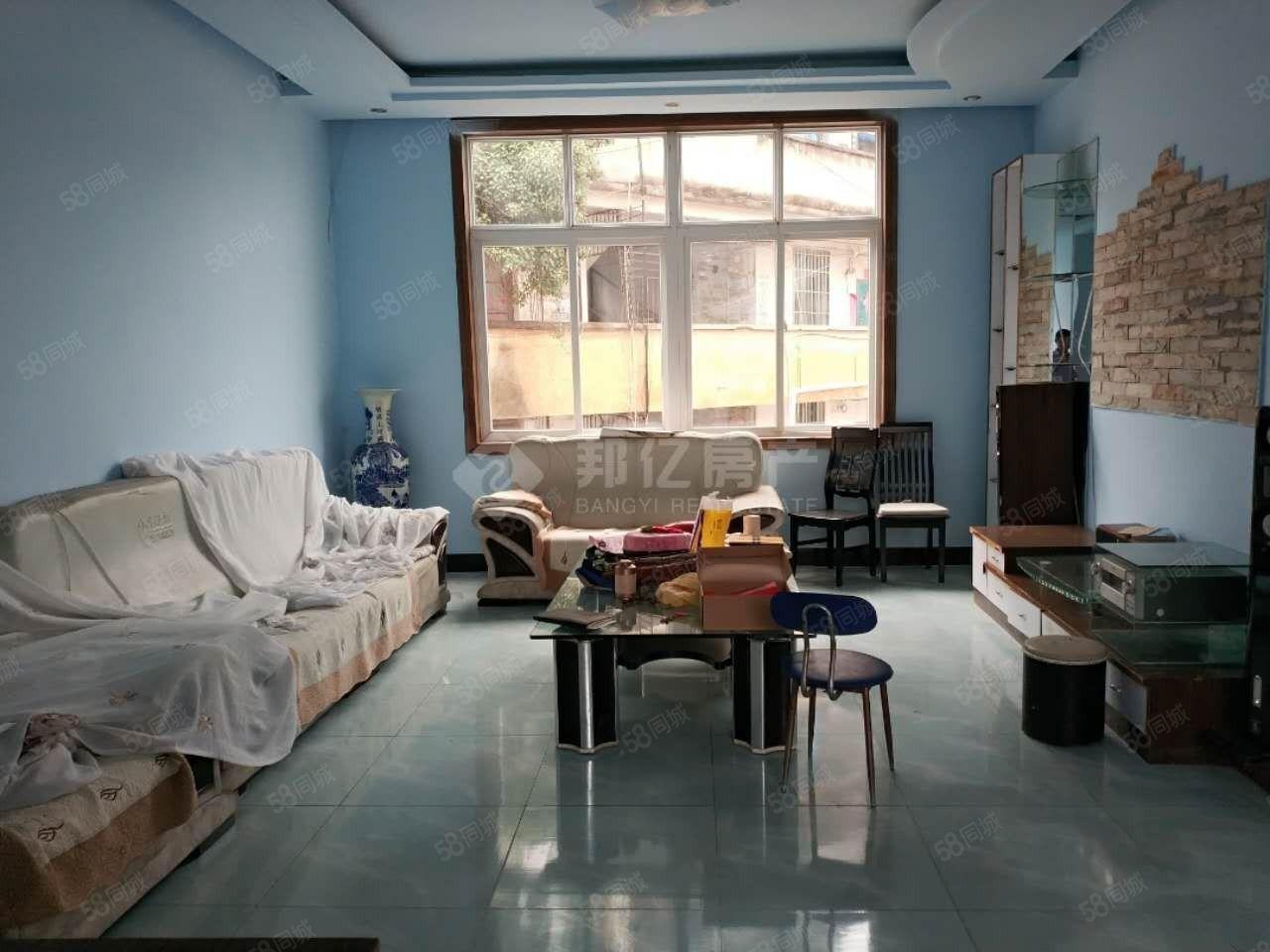 街心花園住房出租1室有3套2室有1套3室2套需要的聯系我