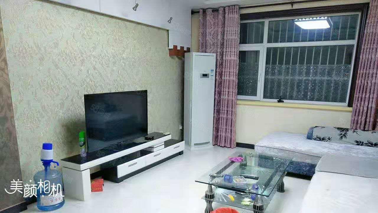 御宇国际一楼三室126平138万精装带家具家电