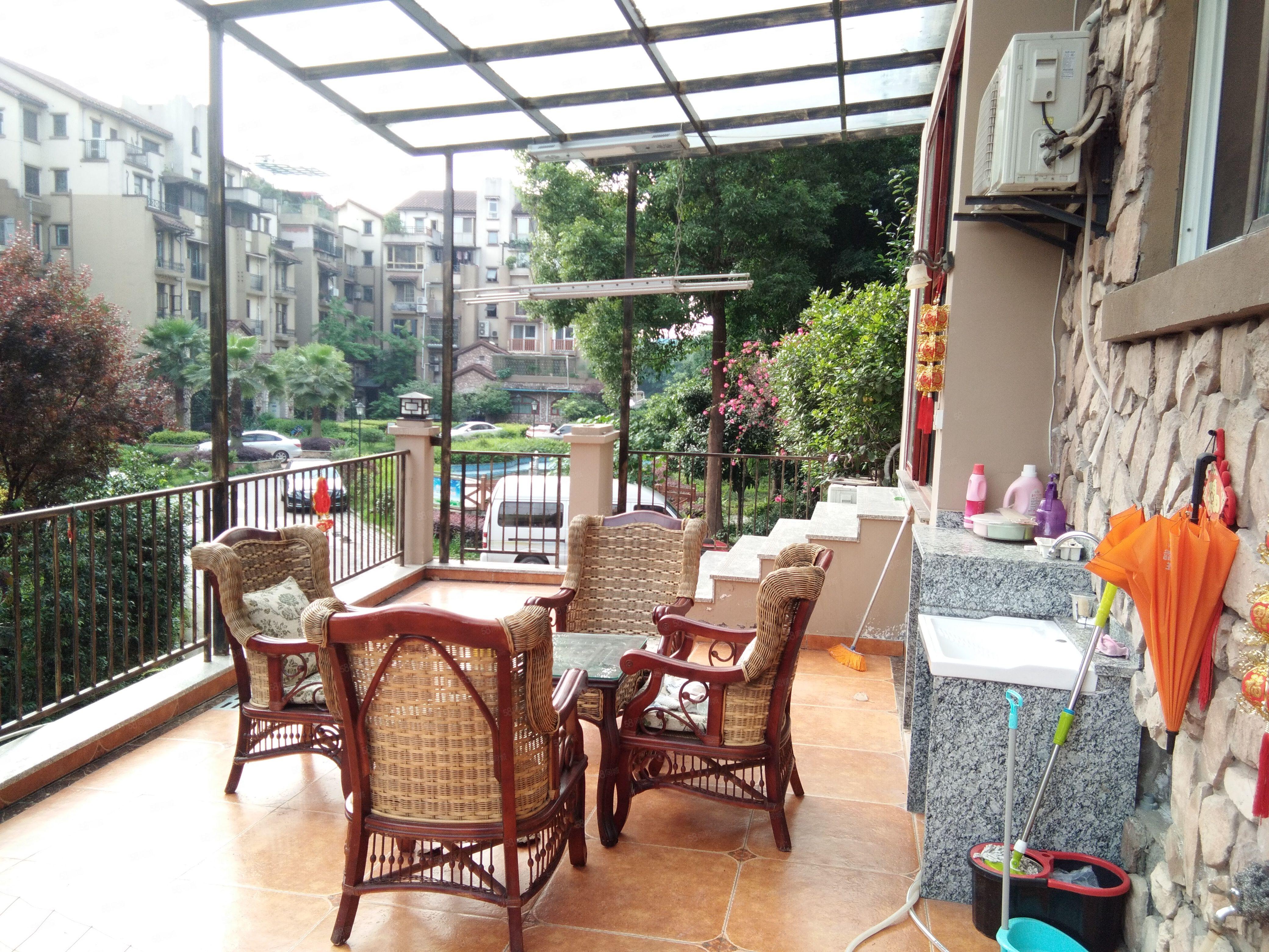 沱三桥头品质小区豪装三房带前后大花园拎包入住可按揭看房