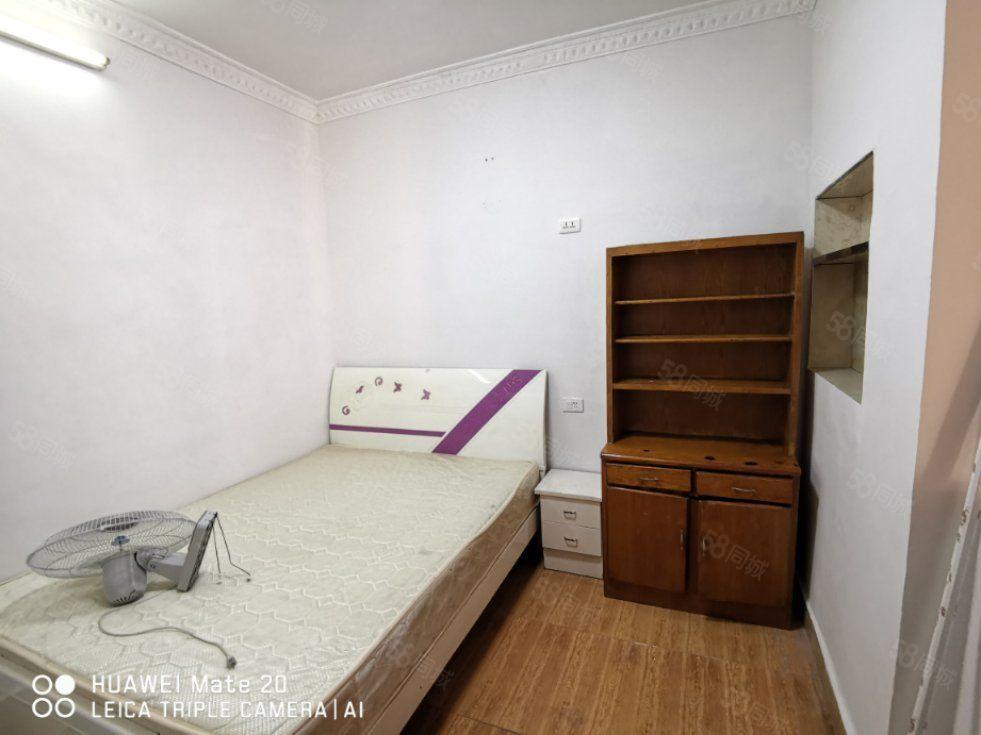 东太建材市场两室两厅家电齐全