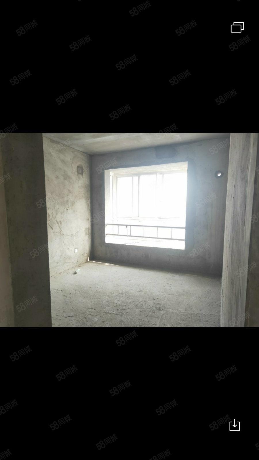 滨江国际电梯中层毛坯2房送书房51万