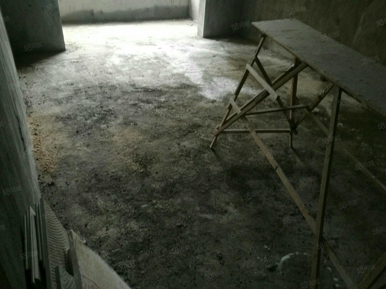 出售上栗滨江华府3室2厅2卫2阳台,观景房,落地大飘窗