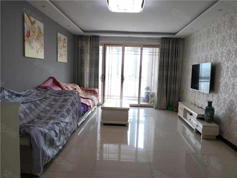九州方圓 3室 2廳 139平米電梯房精裝修沒怎么住可貸款