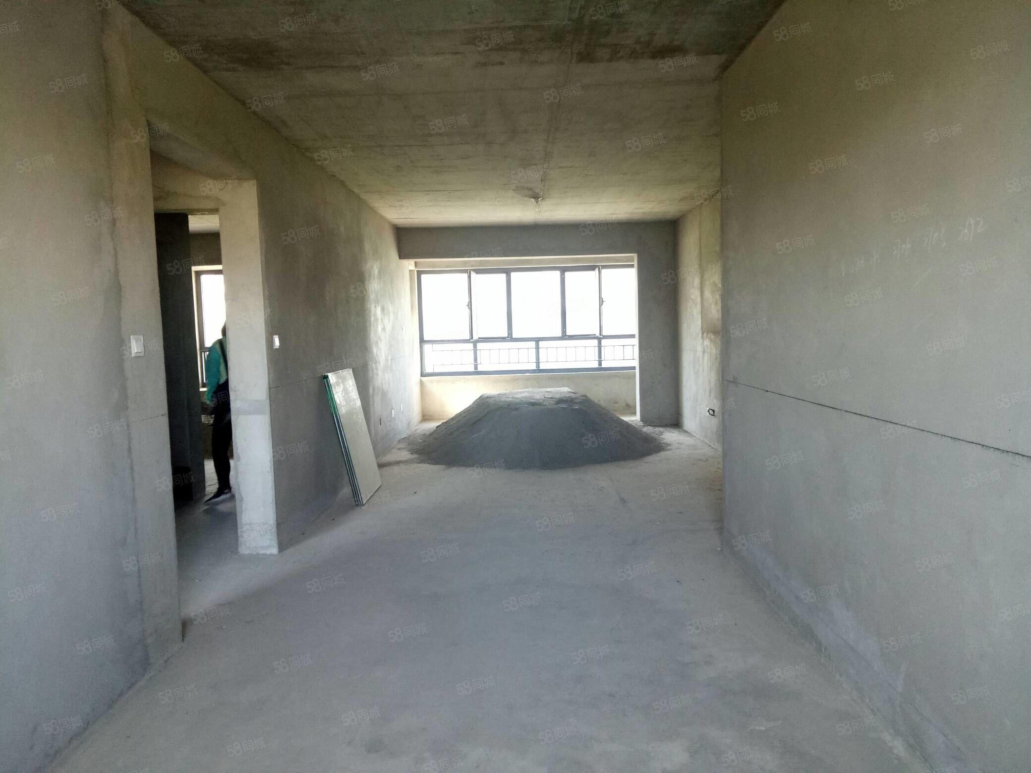 紫园居127平米,3室2厅2卫,可优惠可按揭
