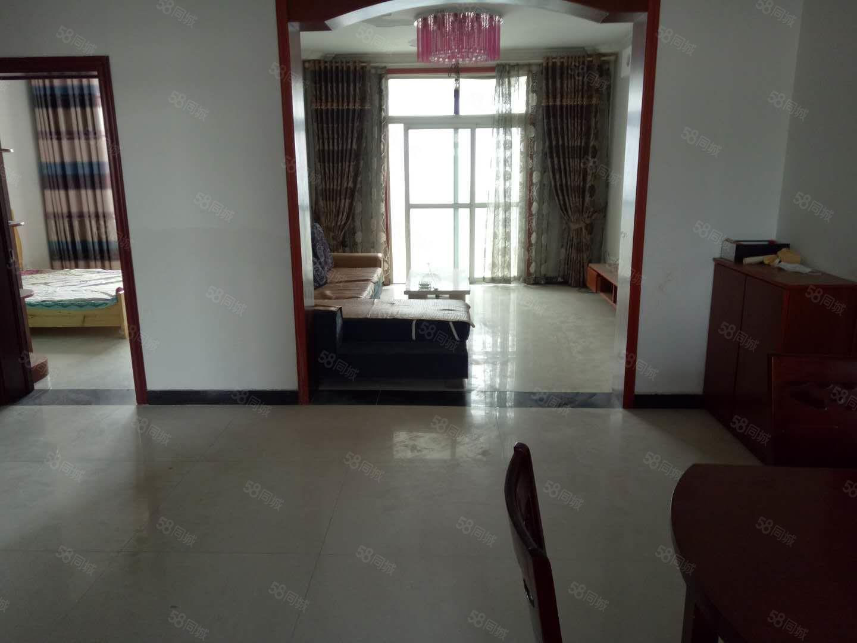 君臨天下東邊酒廠安置小區2室2廳拎包入住租金便宜
