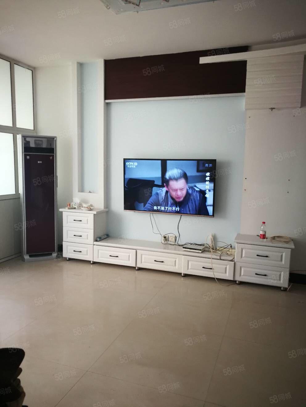 急售!高新区紫东花园超大三居室南北通透,155平方88万
