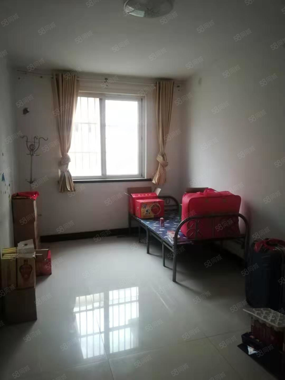 鑫苑名城,有证能按揭,随和过户,毗邻学校,驸马沟。