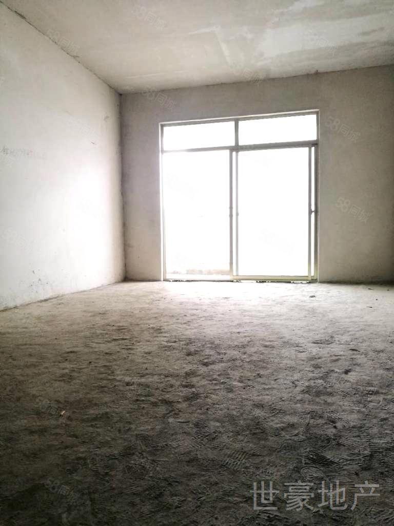 古蔺一品上城,115平米,三室两厅两卫,户型方正