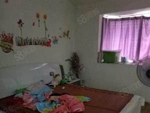 弘扬新城5跃63室2厅2卫114平米简单装修家具电器齐