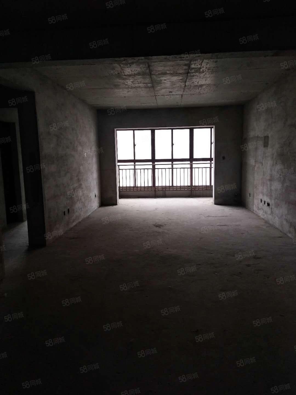 锦绣苑电梯107平方2室2厅毛坯