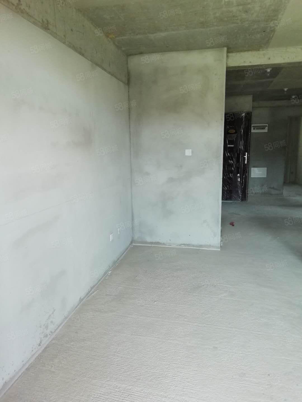 便宜便宜力高御景湾三室毛坯房子出售110平小高