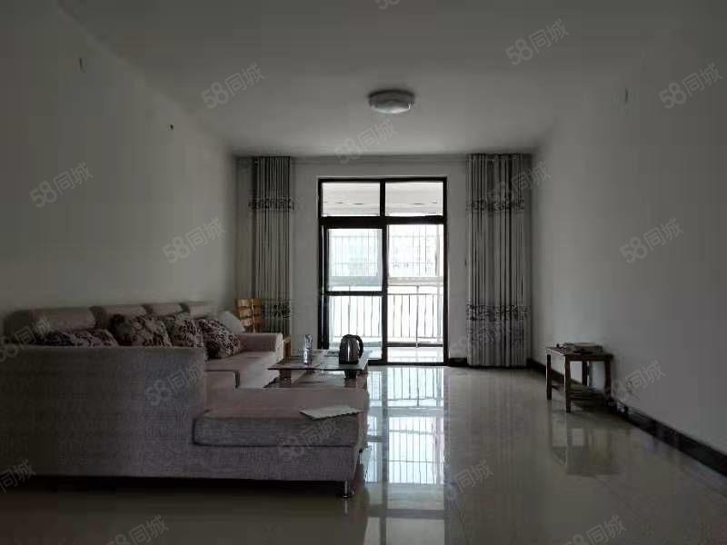 会展中心锦绣松江三楼中装两室95平南北通透无税看房方便