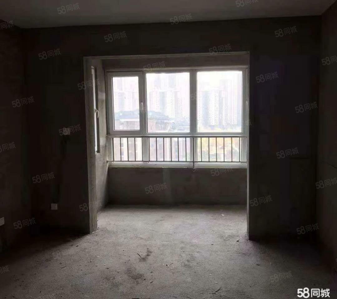 卢龙花溪地房主先交20万了,期房到19年年底交房,9楼