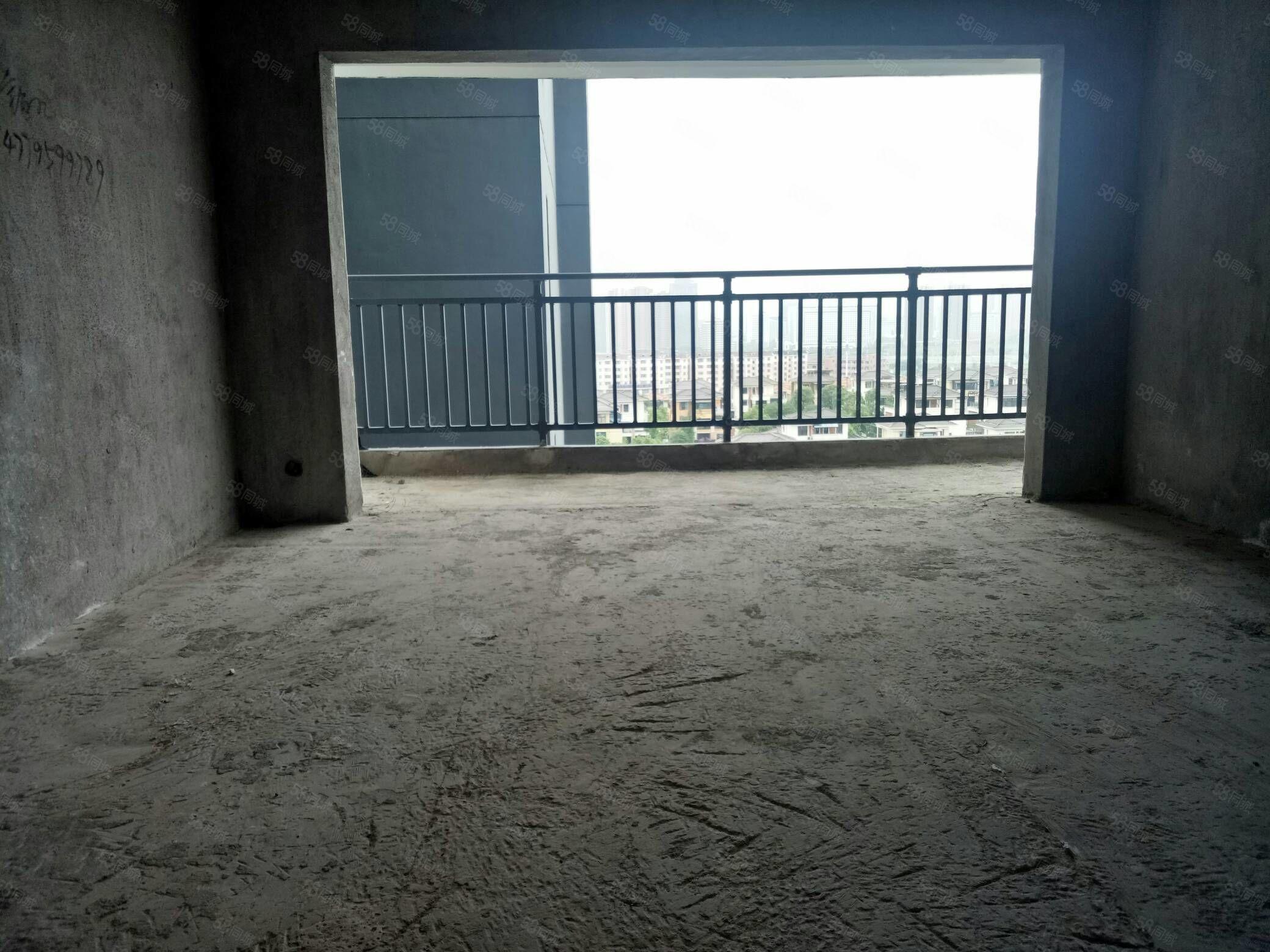 市政府宜阳学校新城区品质小区德和沁园湖景毛坯大三房可以做四房