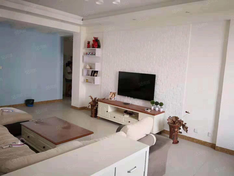 东南亚商业城3室2厅2卫房屋出售(旭名房地产)