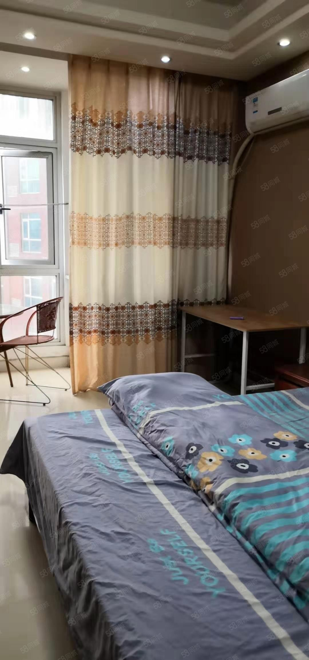 出租精装电梯公寓房家具家电齐全拎包入住