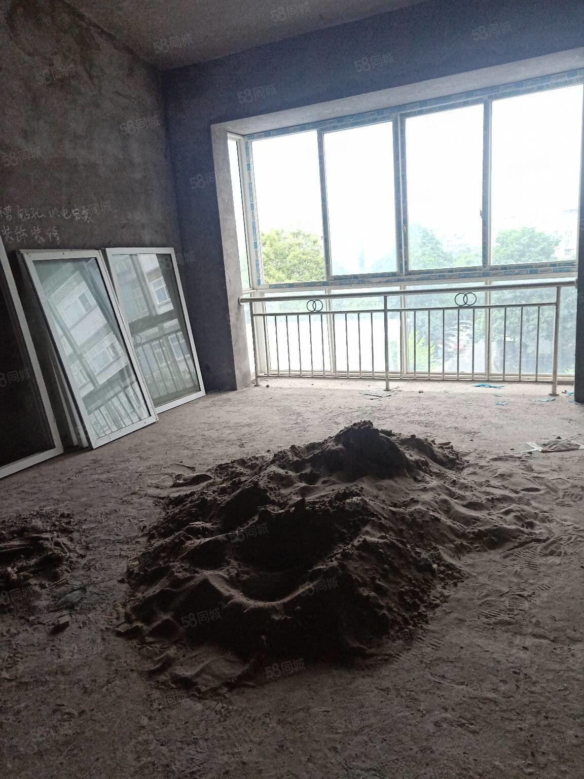 两室清水现浇临河小区城北小学学位房