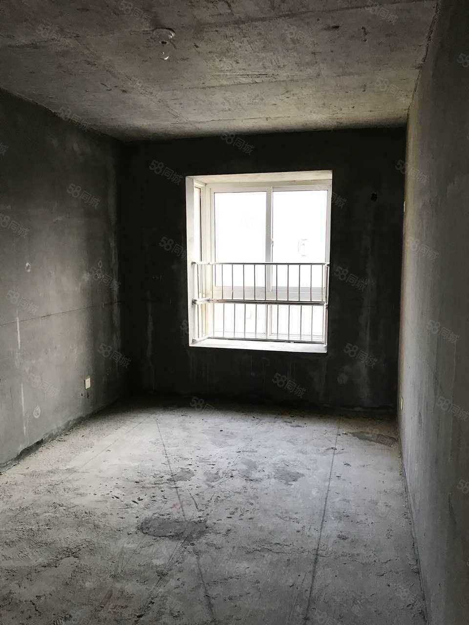 錦海文峰多層帶電梯六樓邊戶采光好