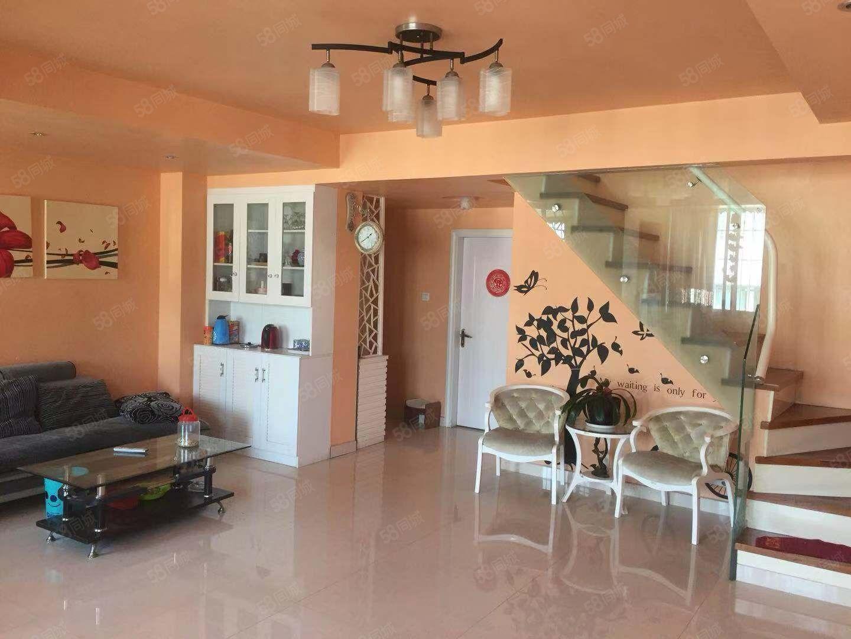 美墅,楼中楼,三室两厅两卫,房产证108平,实用200多平方