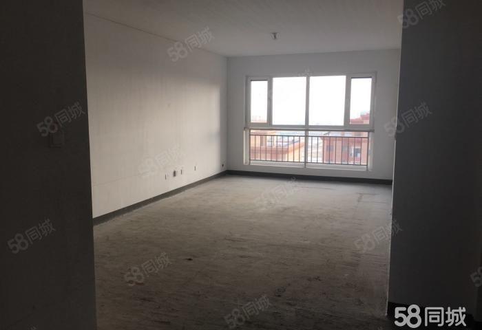 祥瑞城市花园三室简单装修全款一次性一口价,随时看房!