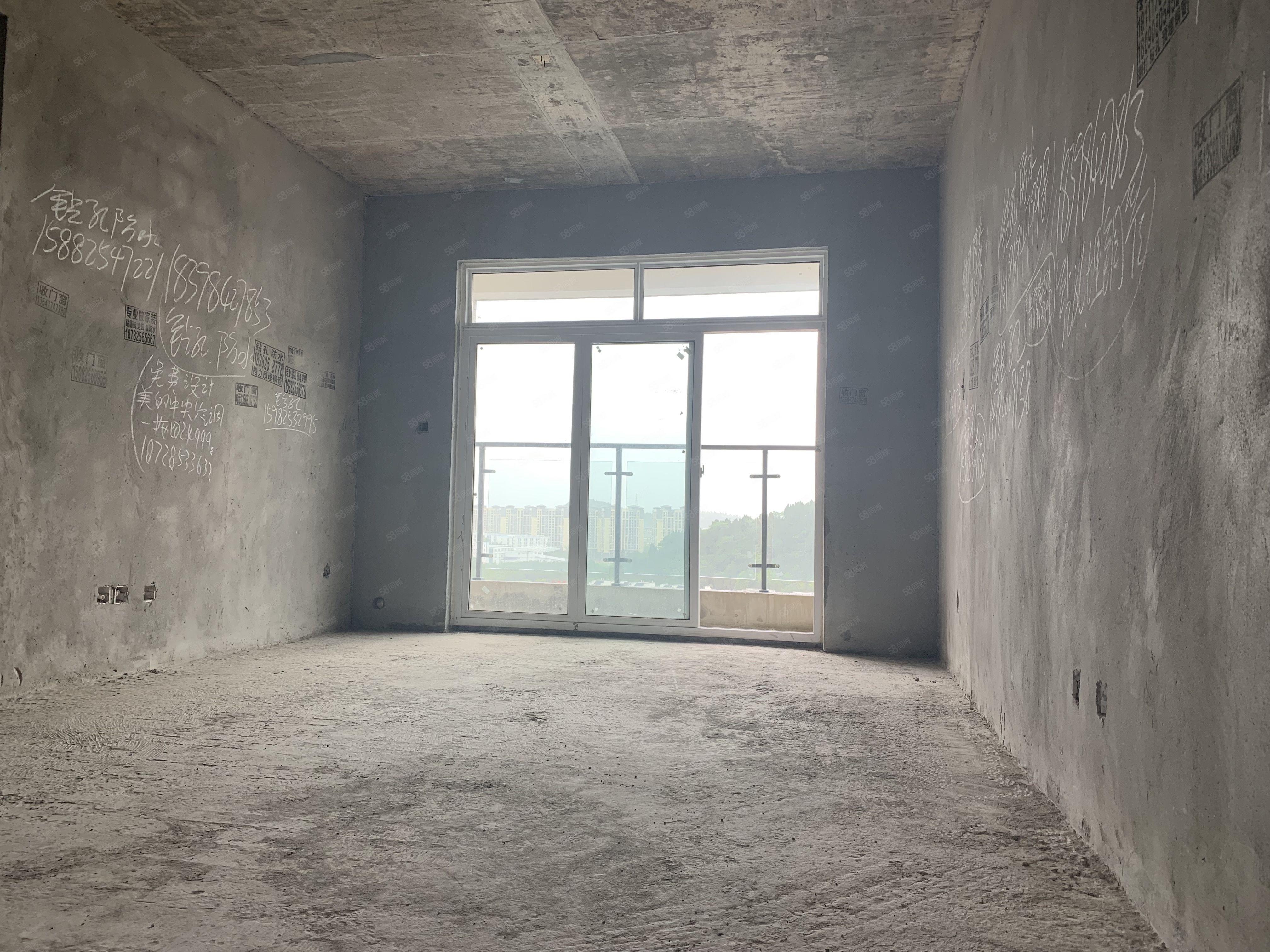 河东品质小区单价84652梯4户送花园3室2卫