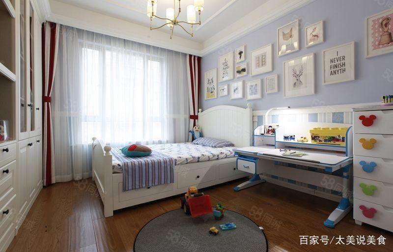 城东凤凰苑,3室多层,4楼,豪华装修证满5年可以贷款