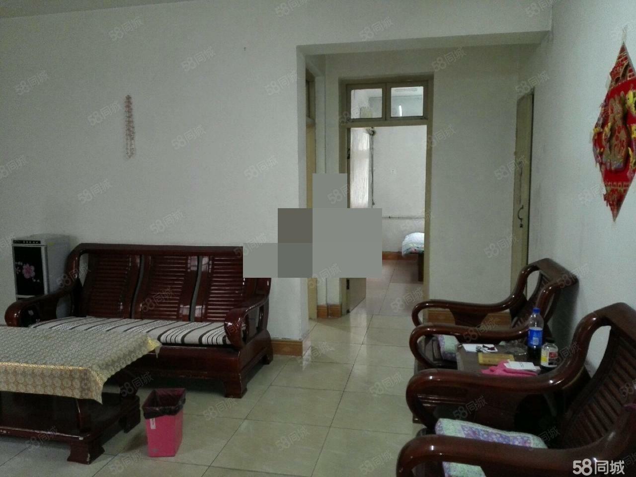 陽光小區附近,3樓,2室1廳,有證,有暖。