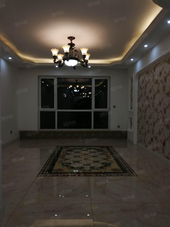 金景家园1楼130平3室2厅2卫,豪华装修,78万,全款更名