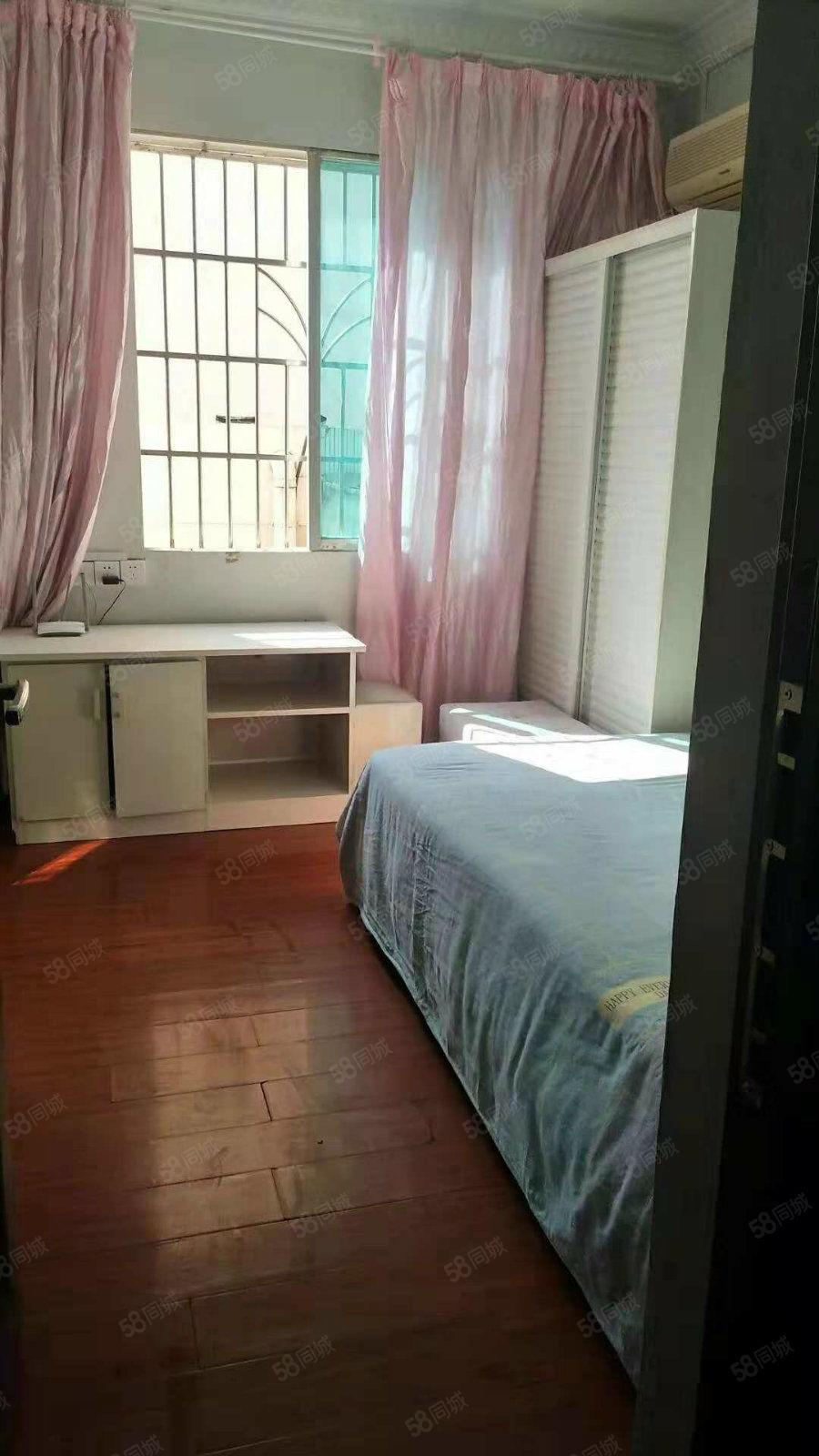 锦江广场装修精致小户型公寓,900~1500价格不等,抢租吧