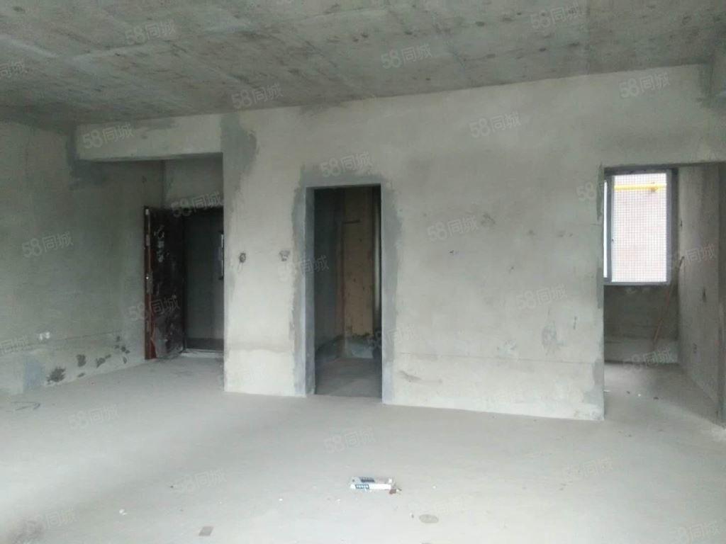 袁家湾小区毛坯房出售,接手可装修,可以按揭