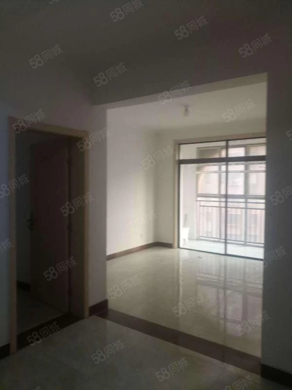 出售金色阳光10楼90平,2室2厅简单装修,有证首付18万