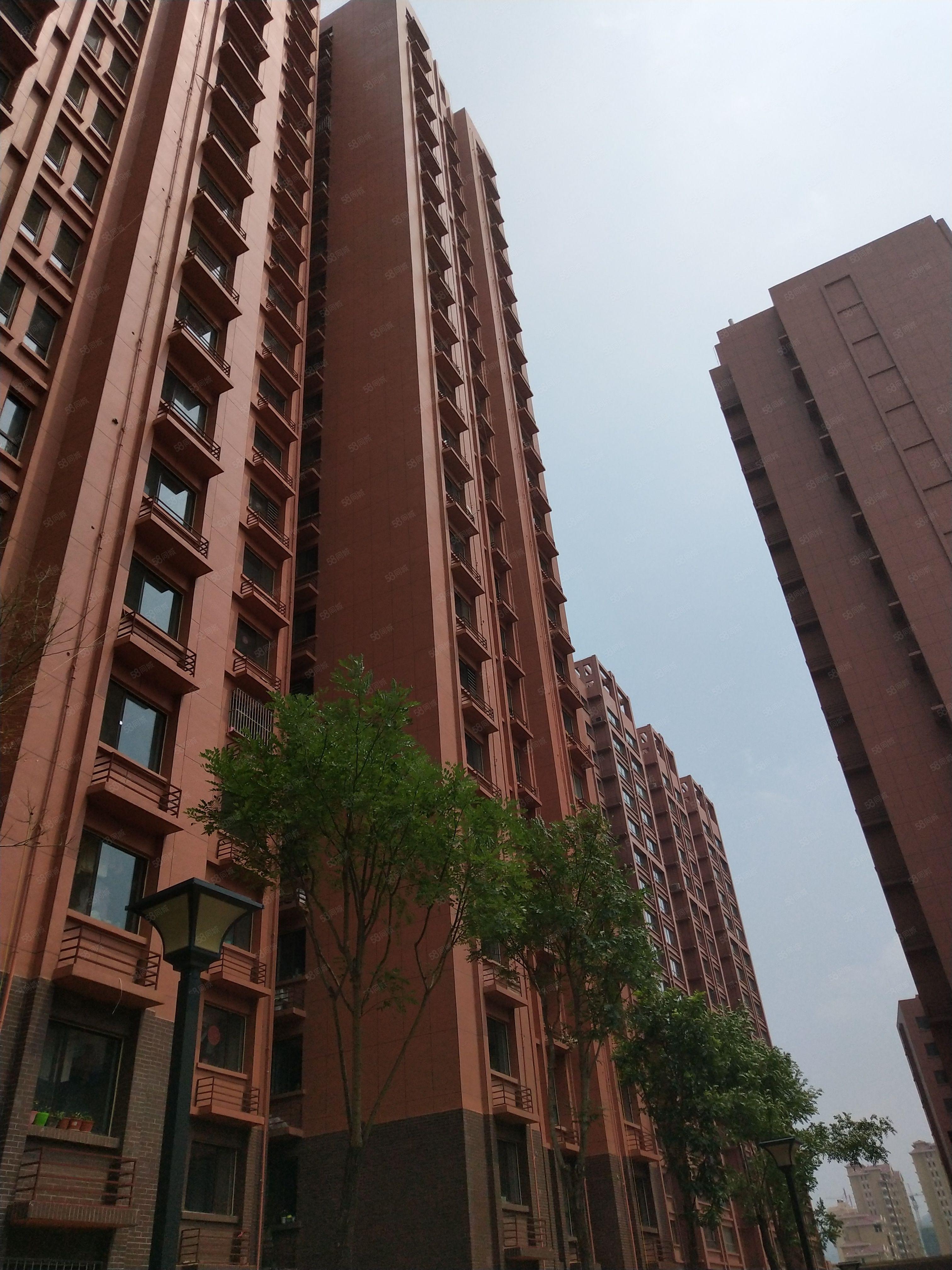 城北嘉园、2居23层、拎包入住,家具家电全齐