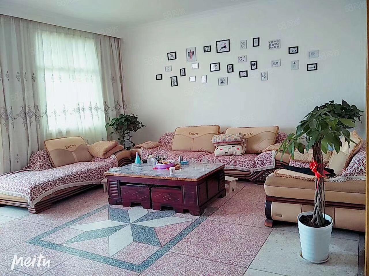 广东东路三室两厅精装修好房出售