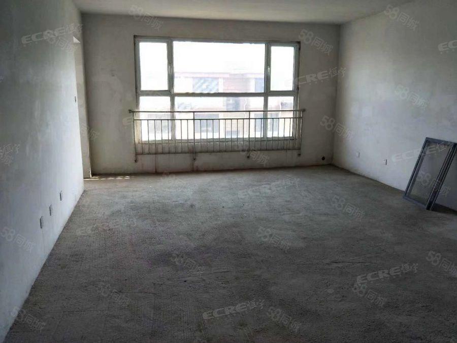 大同天下左岸名郡电梯洋房,56复试送7楼阁楼售楼处手续