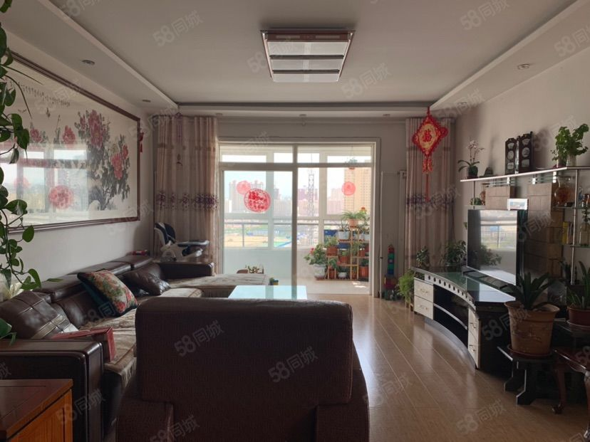 急售陽光家園精裝修三室兩廳地段優勢交通便利可按揭
