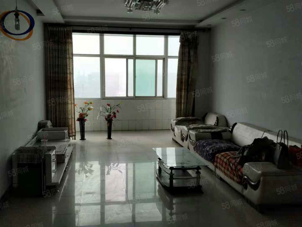濱河花園東苑,三室兩廳兩衛,帶閣樓,不帶車庫85萬