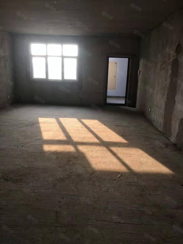 出售安阳市铁西路新房,直接走一手房手续,三室,两室电梯房