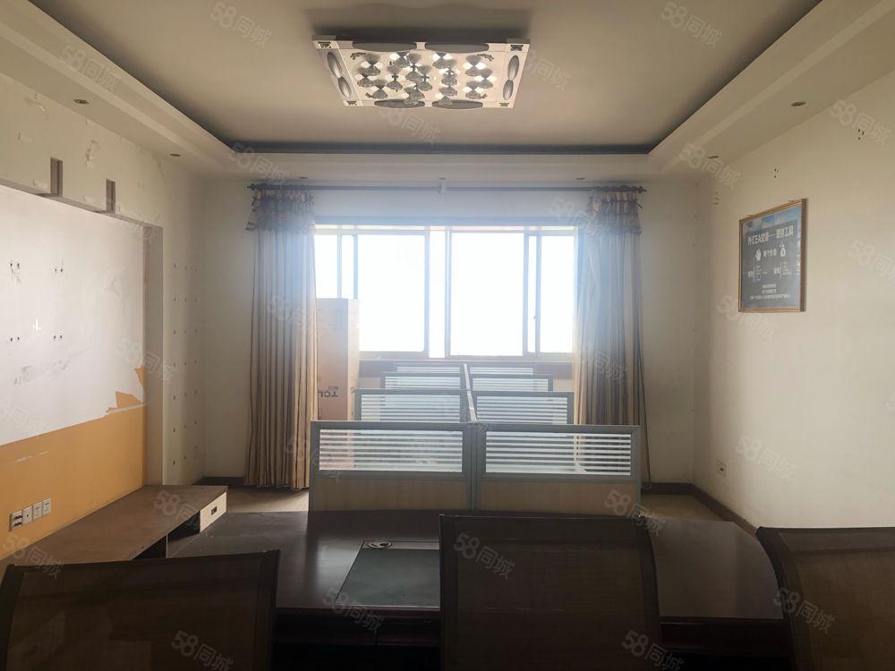 单价4600买一环路内电梯200平顶层还带60平大平台