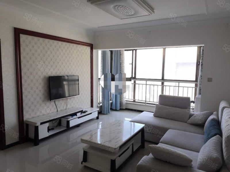 腾龙名都,精装大两室,家具家电齐全,采光好超大阳台,手慢无。