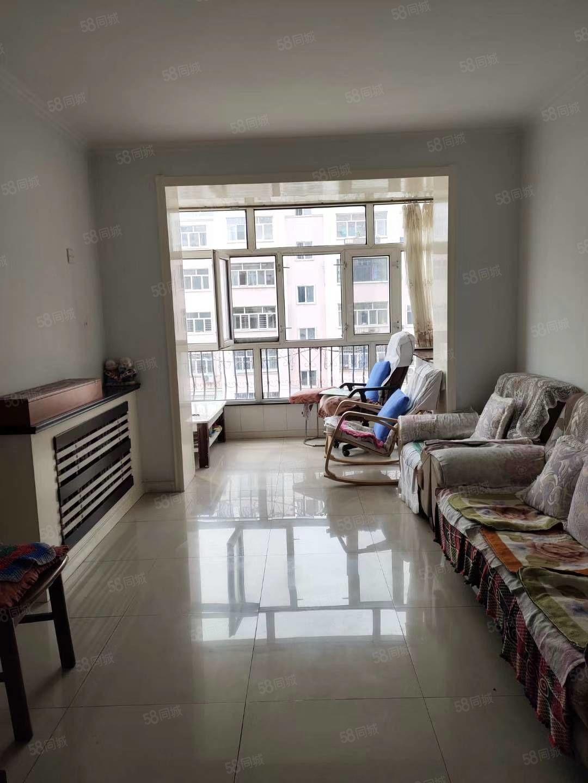 龍興家園正三樓86平兩室一廳南北通透,把東山,勁