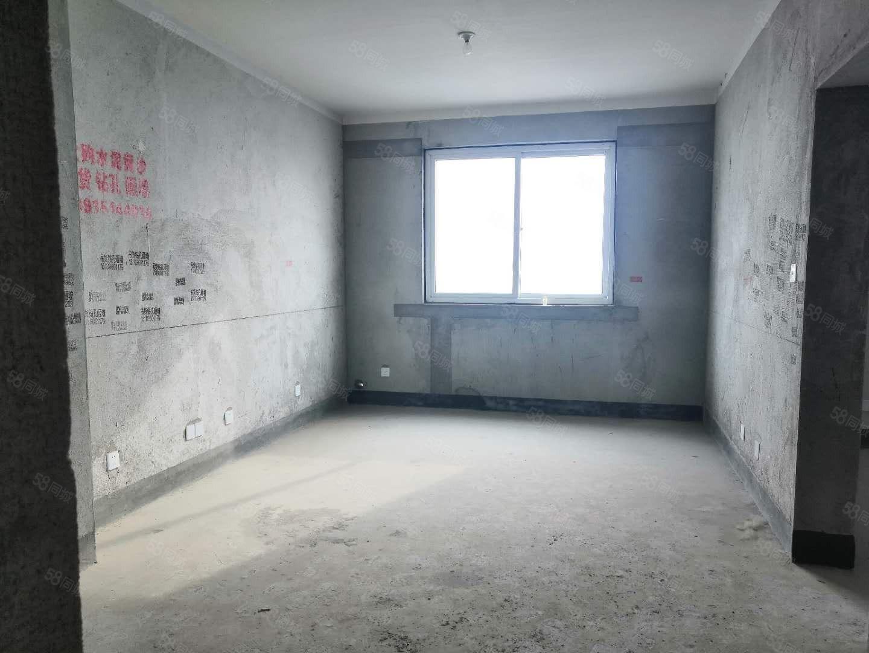 尚东国际毛坯2室2厅1卫东边户靠新县中安芯智能港