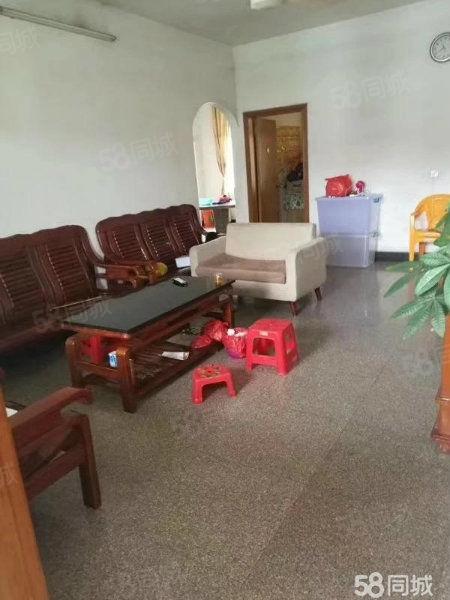 罗桂桥临时市场附近,121方,3房2厅2卫,仅售36.8万