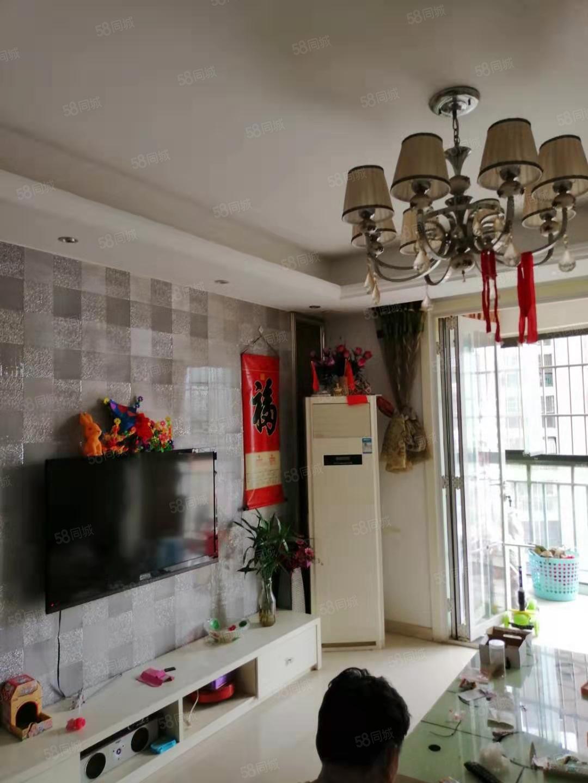 盛泰一品電梯中層精裝三室前后雙陽臺南北通透出門就是步行街
