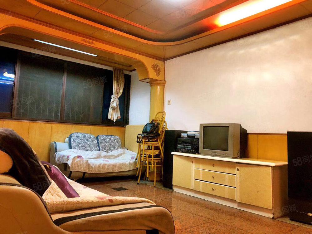 售沙沖中路鴻通城旁中裝正規2室2廳首付僅15萬低稅透支居住