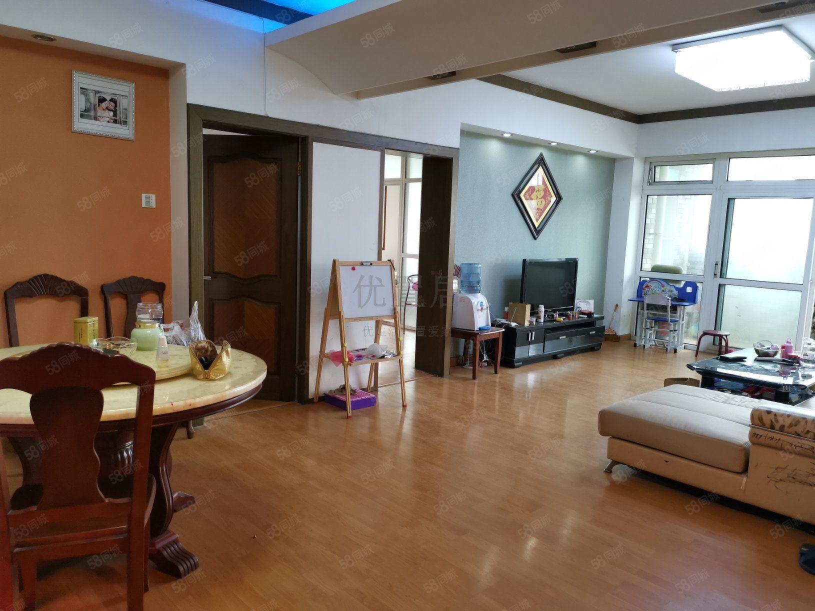 蓮湖路漢豐小區電梯三室可以按揭
