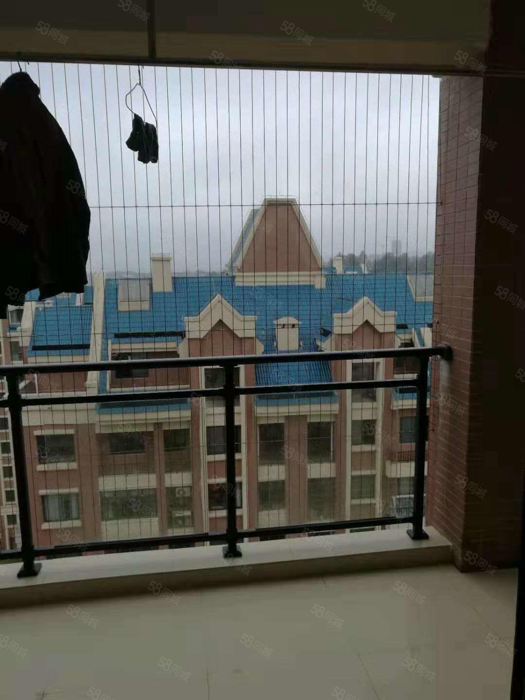 上宾公馆精装修没怎么住电梯中层,坐北朝南