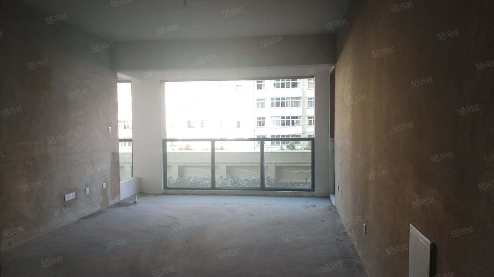福禄瑞园3室2卫厅出阳台带车位钥匙房随时看