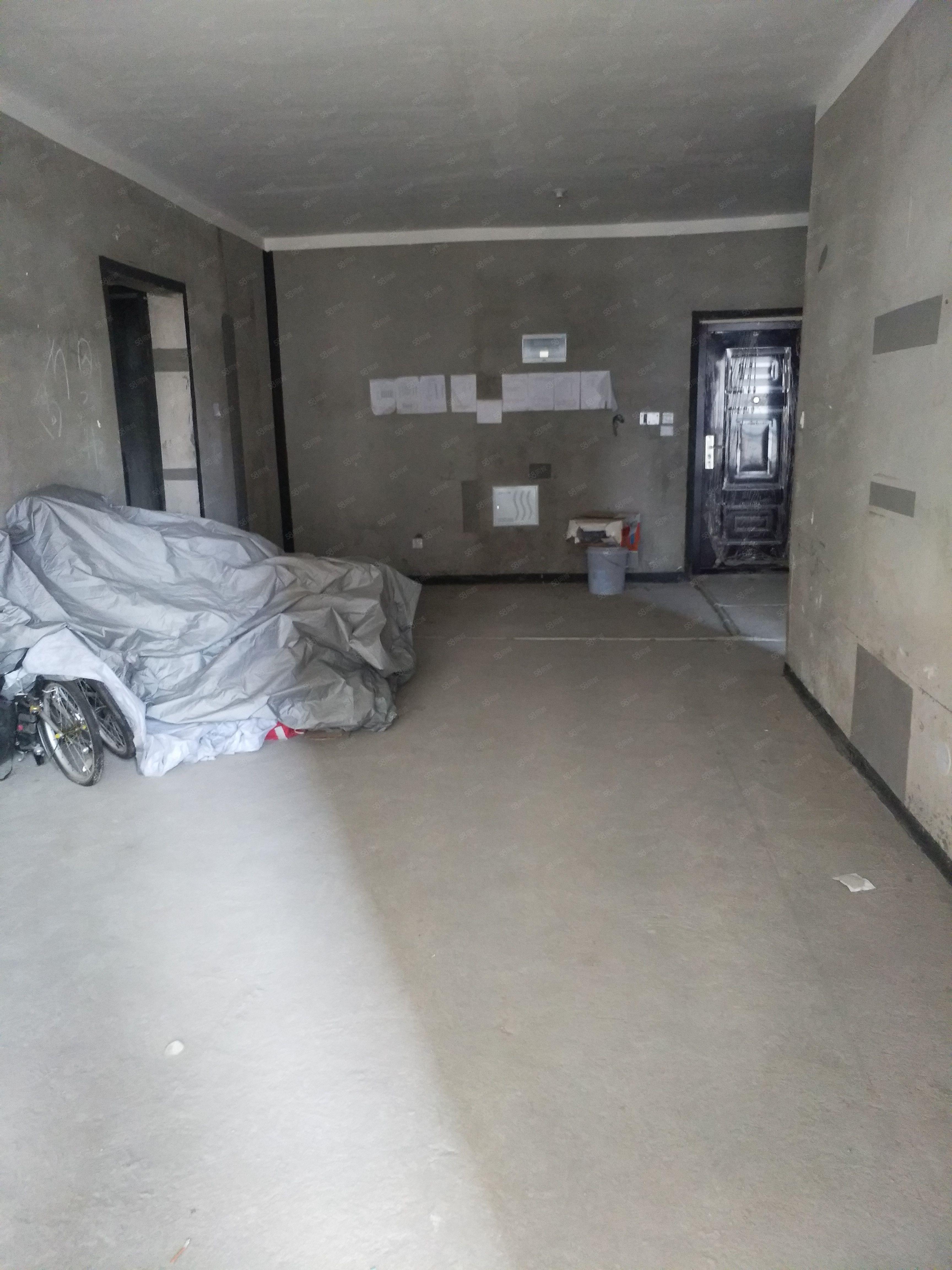 会展中心建业壹号城邦120平10楼三室二厅二卫新,新毛坯房
