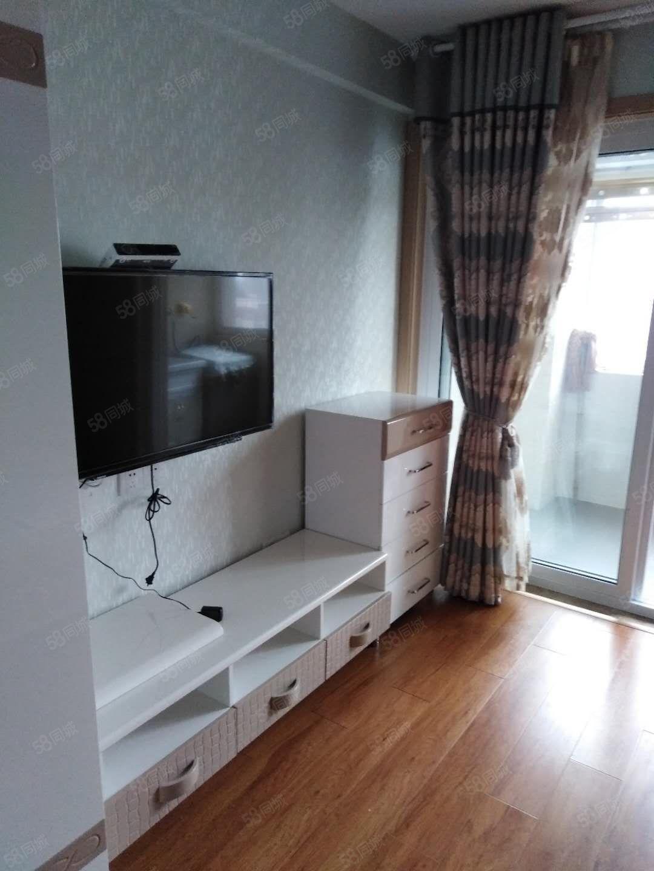两万一年博联精装修公寓1室1厅1卫家具家电齐全拎包入住可小刀